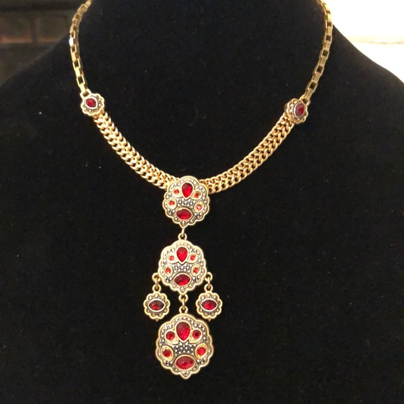JS Collections Jewelry - Jessica Simpson Red and gold well made necklace.